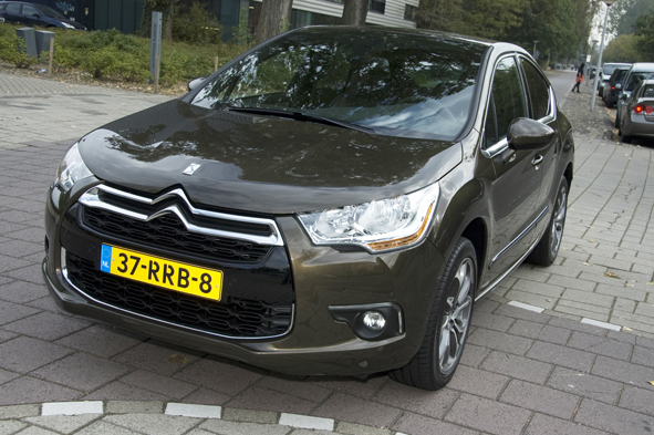 Autotest Citroën DS4 160 HDi