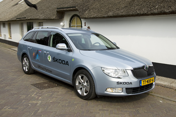 Autotest Skoda Superb Combi Greenline