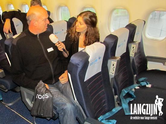 Beenruimte voor lange mensen in een vliegtuig