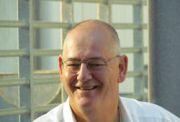 Rob Bruintjes signeert boek op Andere Maten Beurs