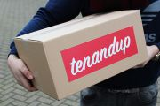 Tenandup: Big in Sneakers