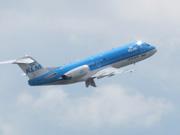 Debat in Tweede Kamer over veiligheid lange vliegtuigpassagiers